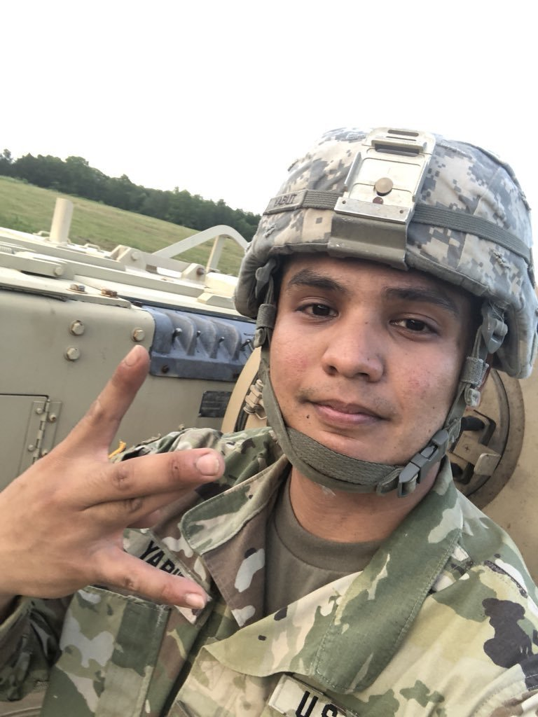 Нацгвардеец США угнал броневик и гонял под кайфом Нацгвардеец, армия, броневик, в мире, люди, сша