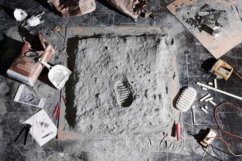 Отпечаток американского ботинка на Луне искусство, исторические фото, красота, миниатюра, своими руками, художники