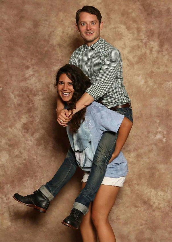 7. А эта поклонница сделала просто грандиозную фотографию со своим любимым актером Элайджей Вудом звезды, знаменитости, знаменитости дурачатся, известные люди, таланты и поклонники, тролли, троллинг, чувство юмора