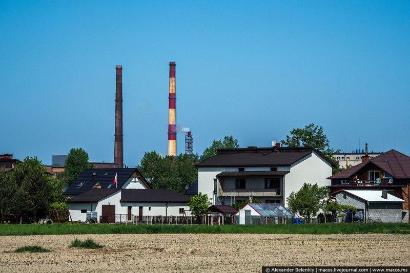 Реновация Освенцима: кто и как живёт в бывших бараках лагеря смерти история, освенцим, память, факты