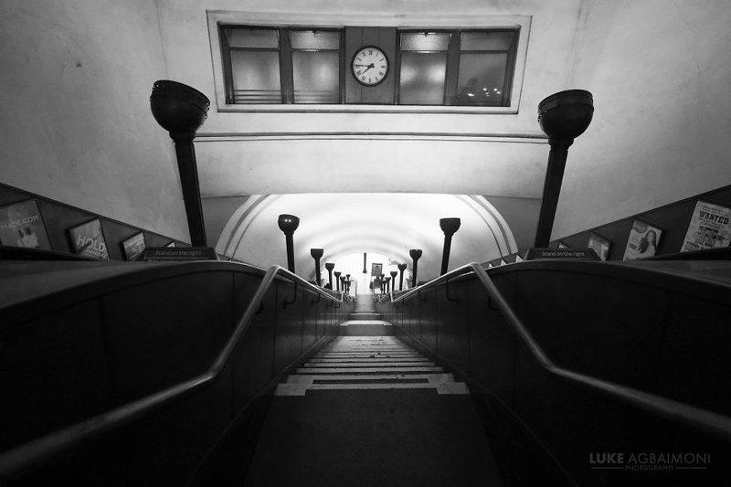 Southgate Station железная  дорога, лондон, метро, подземка, симметрия, станции метро, транспорт, фотопроект