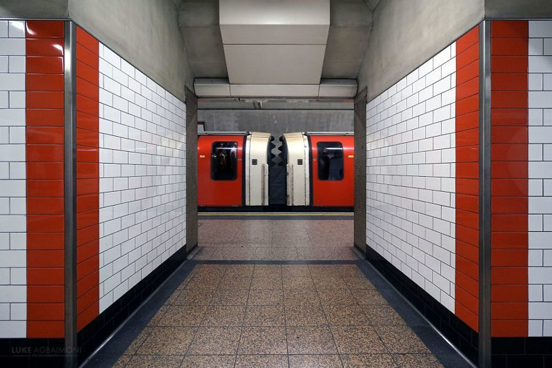 St Pauls Station железная  дорога, лондон, метро, подземка, симметрия, станции метро, транспорт, фотопроект