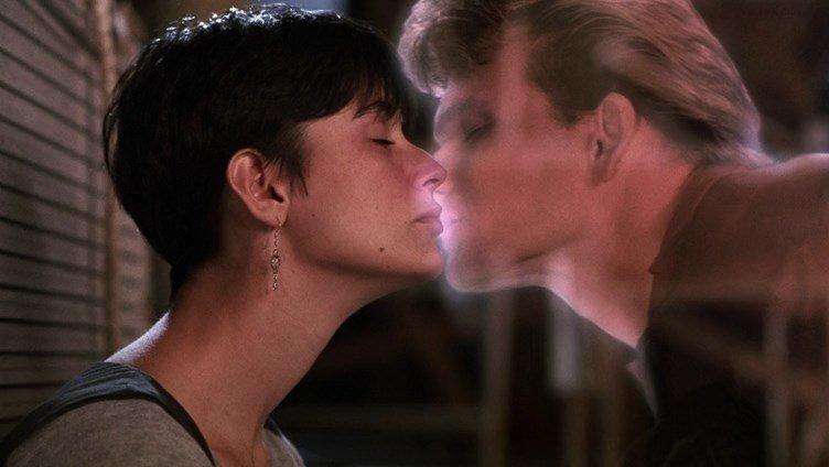 «Привидение» (США, мелодрама, фантастика) (Ghost, 1990) Любовь, кино, мелодрамы, фильмы, фишки-мышки, что посмотреть