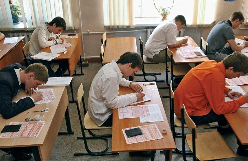 В Волгограде ОГЭ за прогульщика сдавали учитель и десятиклассник ynews, ОГЭ, волгоград, подмена, экзамен