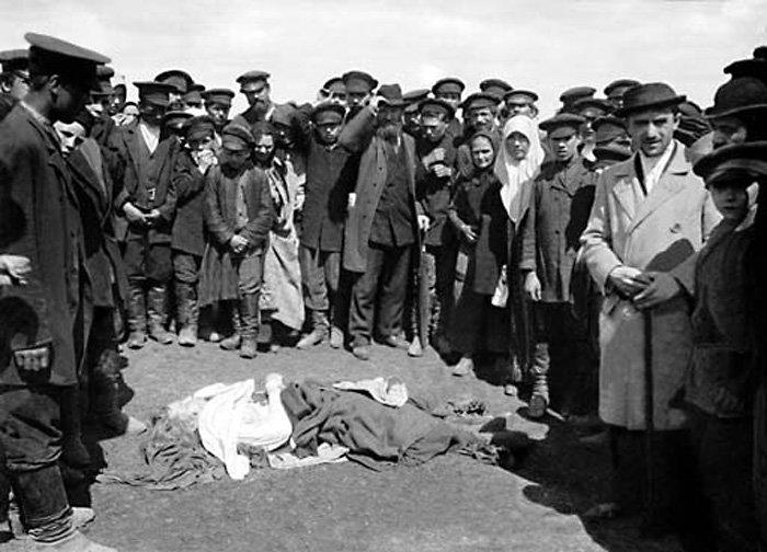 Трагедия на Ходынском поле во время коронации 30 мая 1896 года. В толпе было задавлено примерно 1400 человек. Москва, 1896 г. история, прошлое, фото