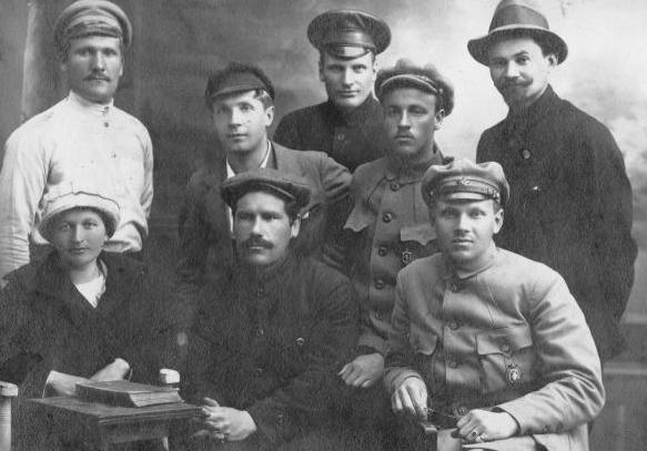 Красноармейцы с перстнями и кольцами. Красной Армии, СССР, кольца, перстни