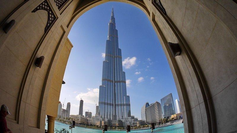 Эмираты - страна в которой самое большое число работающих иностранцев - 85%. интересное, мир, факты, цифры