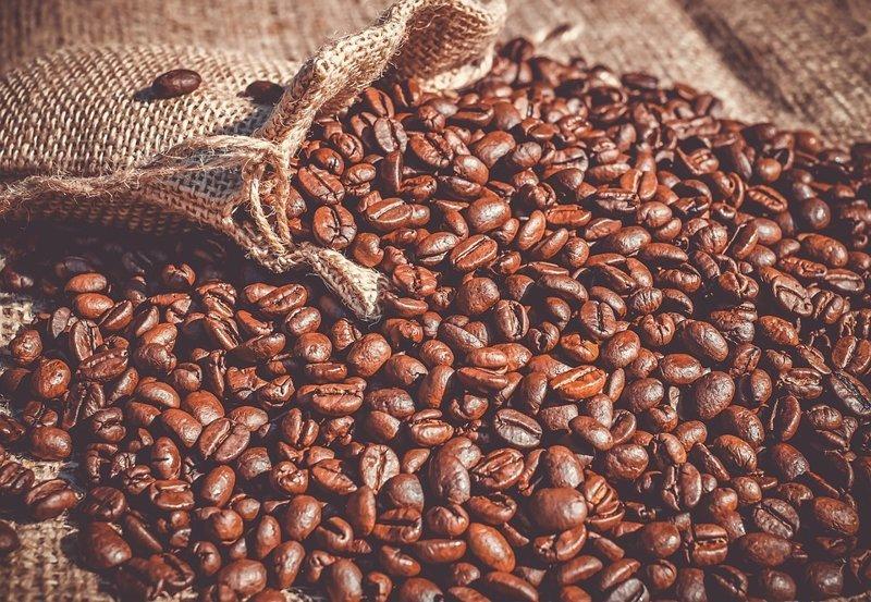 Больше всего кофе пьют не в Бразилии, которая является лидером по производству и экспорту кофе, а в Финляндии (3,4 чашки в день), Швеции (3,3) и Нидерландах (3,1) интересное, мир, факты, цифры