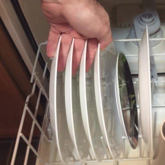 Когда тарелки идеально встают в посудомойку, просто душа радуется! для перфекционистов, идеальное, интересно, необычно, необычные вещи, перфекционизм, совершенное, совершенство