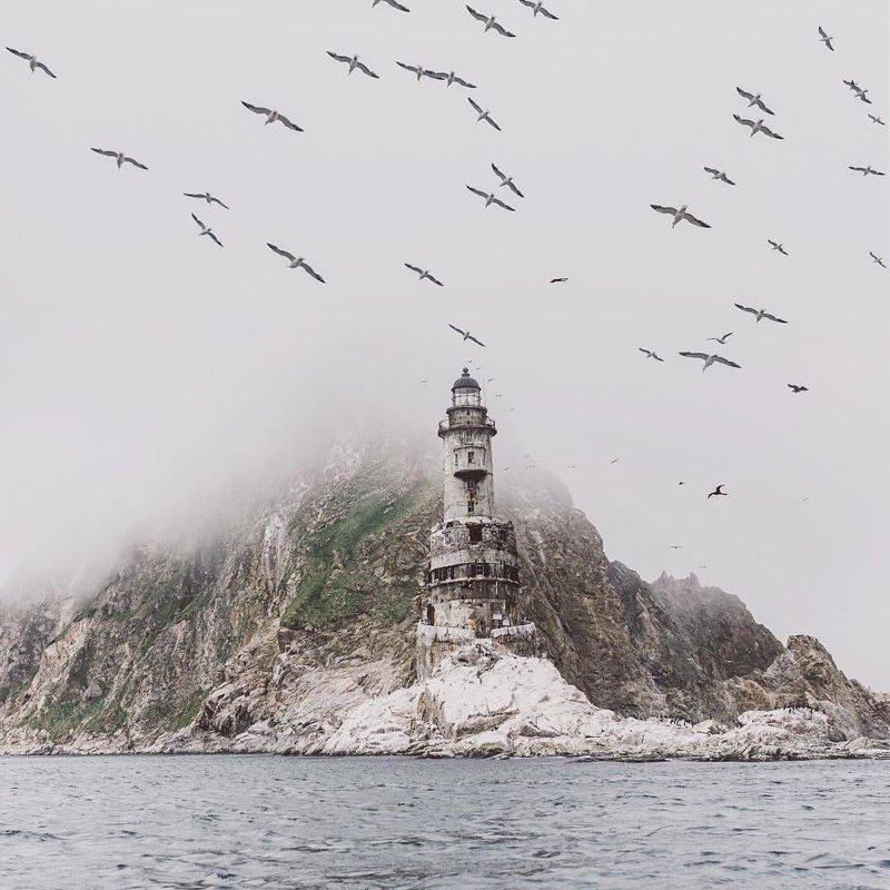 Загадочный маяк Анива, остров Сахалин горы, леса, природа, природа России, российская природа, россия