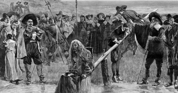 За сварливость — пытки ледяной водой или железный колпак с кляпом женщины, история, общество, средневековье