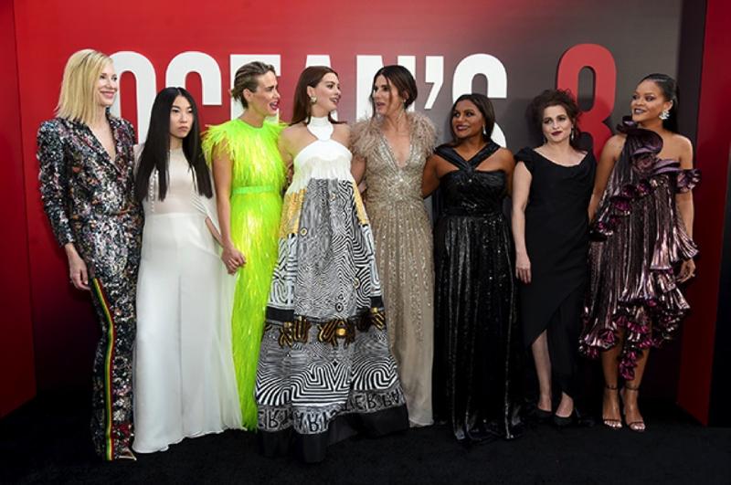 8 подруг Оушена - Кассовый сбор премьеры составил $41.5 миллионов 8 подруг Оушена, кино, отличный дебют, фильм