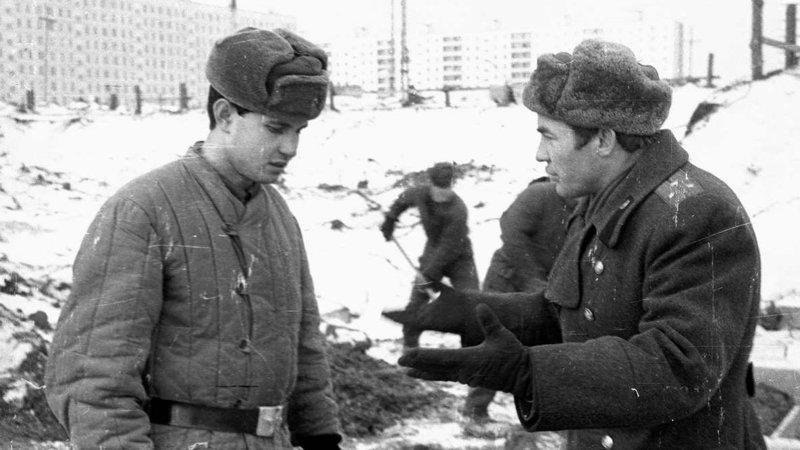 Случайный солдат в советской армии армия, истории, прикол, советская армия, юмор