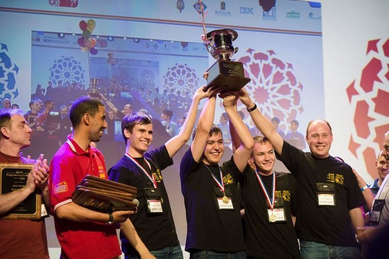 Почему российские программисты сильнее всех Российские, программист, сильнее