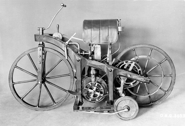 10. Мотоцикл 1885 года и мотоциклы современности время, изменения, история, новые разработки, прогресс, сообразительность