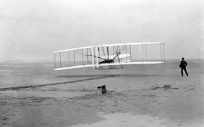 13. Первый пилотируемый полет братьев Райт, совершенный в 1903 году, и SpaceX, который отправит людей на Марс время, изменения, история, новые разработки, прогресс, сообразительность