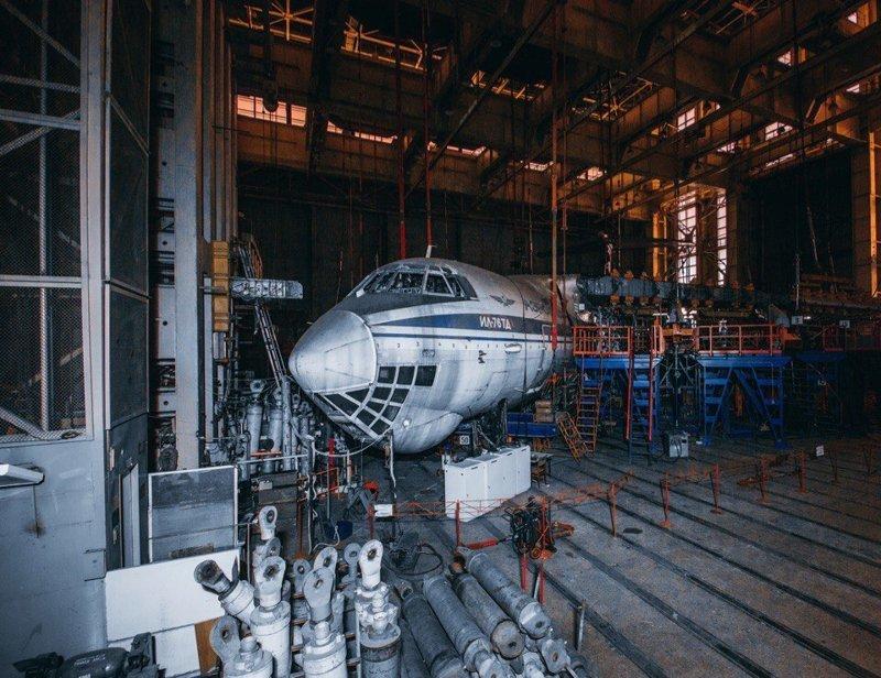Заброшенный цех авиационного завода, Москва заброшенка, заброшенные места, развалины