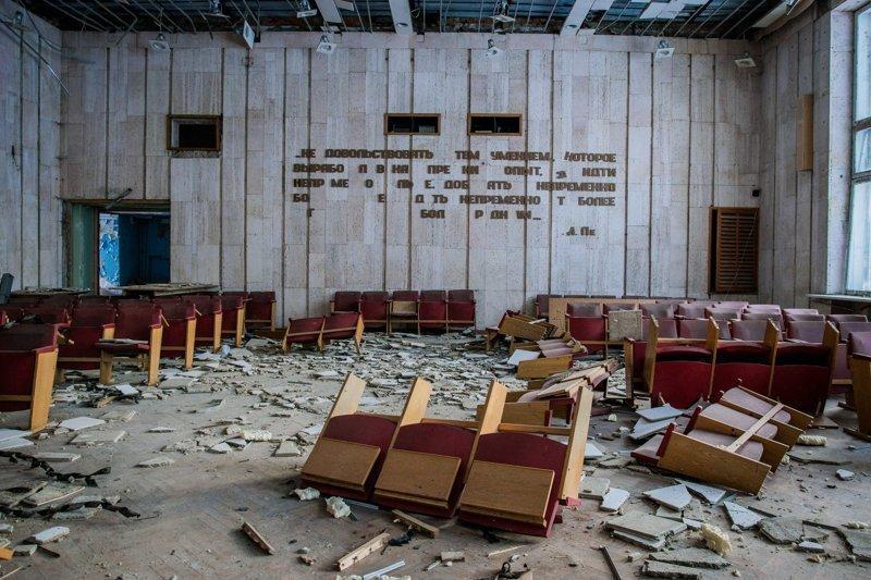 Заброшенный дом культуры заброшенка, заброшенные места, развалины