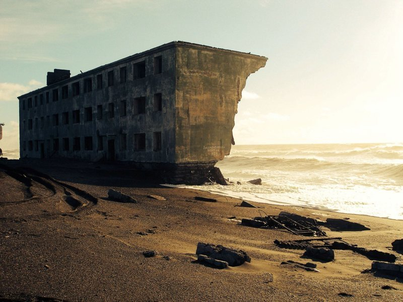 Заброшенная рыбацкая деревня на Камчатке заброшенка, заброшенные места, развалины