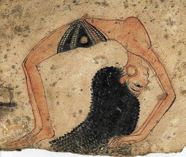 А вот это уже полуобнаженная акробатка-танцовщица  Расписанный остракон – обломок глиняной посуды. XIV в. до н.э. Новое царство  древний египет, интересно, история