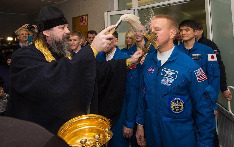 Освящение англо-российско-американского экипажа «Союз ТМА-19М» ynews, Восточный, байконур, космос, освящение, роскосмос, рпц