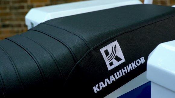 Cотрудникам ГИБДД Москвы переданы электромотоциклы «ИЖ Пульсар» и электромобили «Овум» ИЖ Пульсар. электромобиль, Овум, фоторепортаж