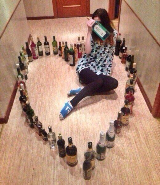 А вот еще 28 фото, после которых вы не отпустите свою девушку на день рождения к подруге алкоголь, вечеринки, вписки, девушки, тусовки