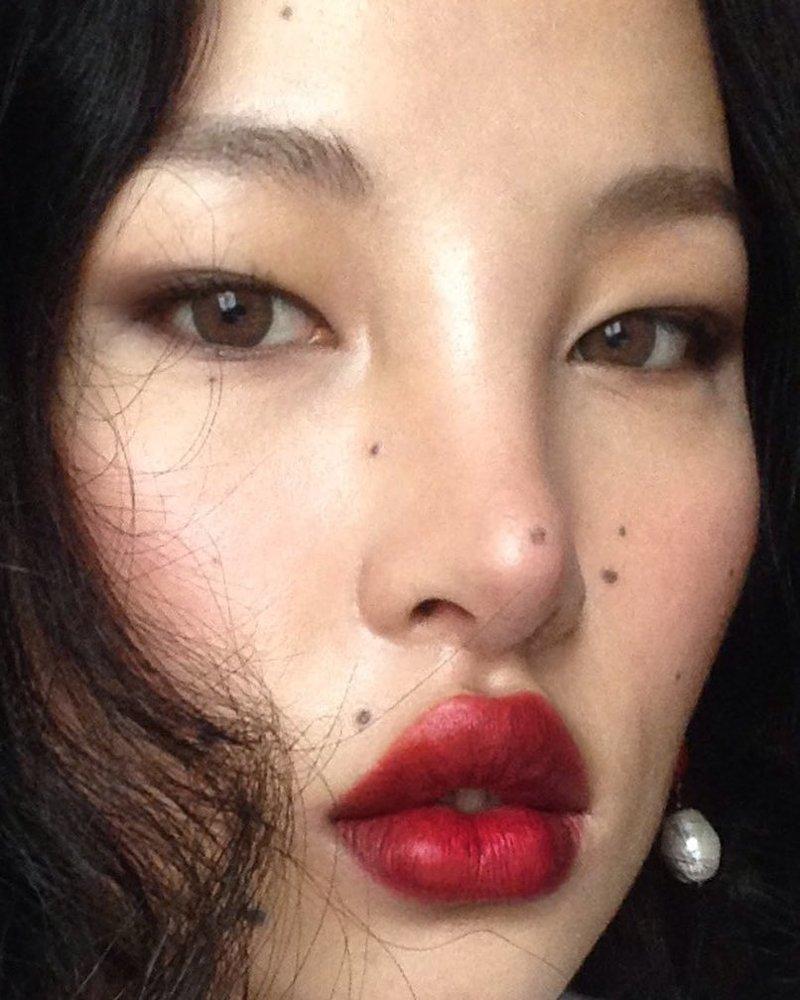 Тибетская модель с внешностью инопланетного «аватара» будоражит соцсети Instagram, Цунайн, в мире, внешность, люди, модель