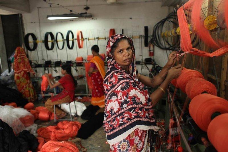 11. Текстильные рабочие в Бангладеш азия, заводы, индия, китай, масштабы, производство, фабрики китая, фото