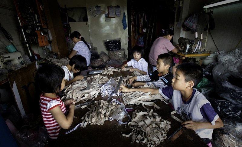 9. К труду приобщают с раннего возраста азия, заводы, индия, китай, масштабы, производство, фабрики китая, фото