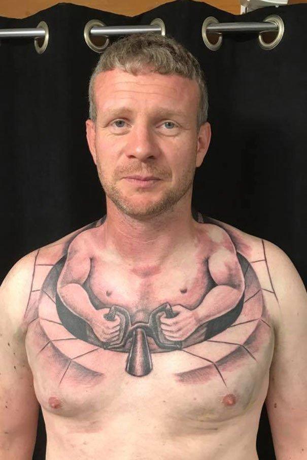 Водитель грузовика набил себе креативную тату нелепо, подборка, рисунки на теле, тату, татуировки, татуировщик, фейл, фото