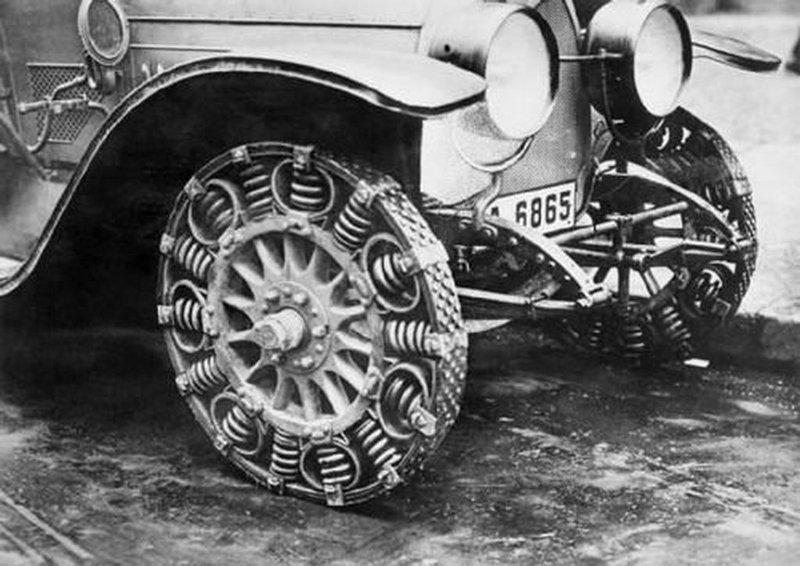 И еще немного интересных изобретений из прошлого на которых тоже можно передвигаться изобретения, интересное, коньки, прадедушка, ролики, сигвей, старые фото