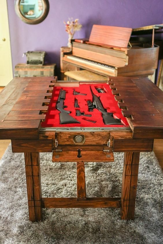 Куда американцы прячут оружие интересное, оружейные столы, оружие, тайники