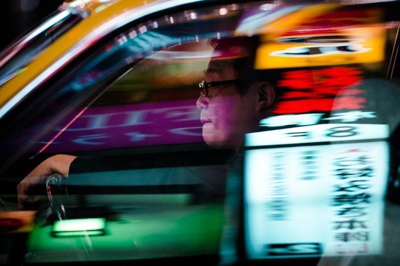 Финалист. Из серии «Кто водит авто в Токио?». Автор фото: Олег Толстой LensCulture, в мире, конкурс, люди, уличное фото, фото