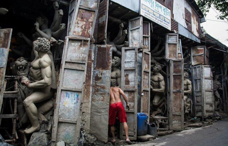 Финалист. «Улицы Индии». Автор фото: Аникет Мазумдер LensCulture, в мире, конкурс, люди, уличное фото, фото