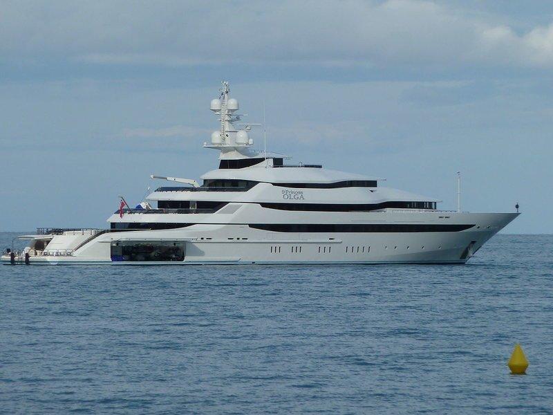 В его собственности находится яхта, построенная в 2012 году ynews, взятки, власть, имущество чиновников, новости, чиновники