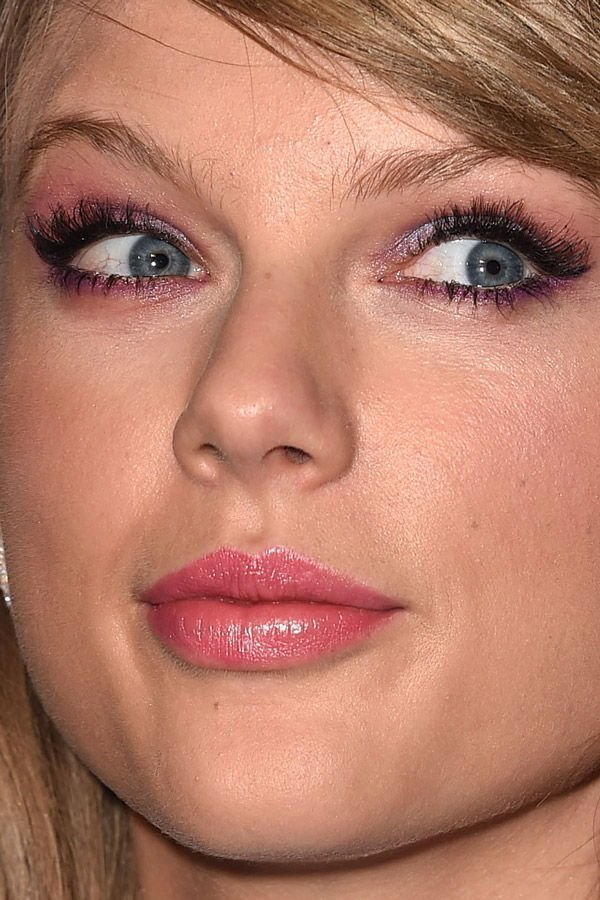 18. Тейлор Свифт звёзды, знамениитости, конфуз, макияж, папарацци, пластика