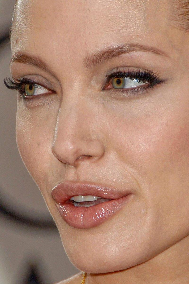 7. Анджелина Джоли звёзды, знамениитости, конфуз, макияж, папарацци, пластика
