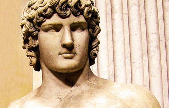 8. Цезарь - царица Вифинии археология, история, факты