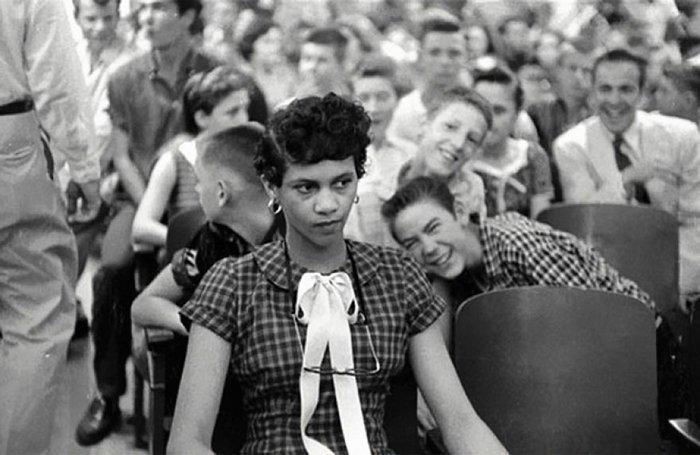 19. Дороти Каунтс - первая чернокожая девушка, посещающая школу для белых в США война, история, память