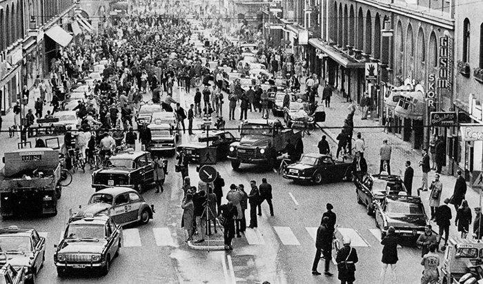 9. Первое утро после того, как Швеция перешла с левостороннего движения на правостороннее. Стокгольм, 1967г.  война, история, память
