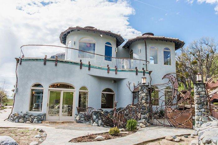 А вы бы поселились здесь вместе со своими драконами?  oregon, властелин колец, дизайн, дом, мир, толкин, фото