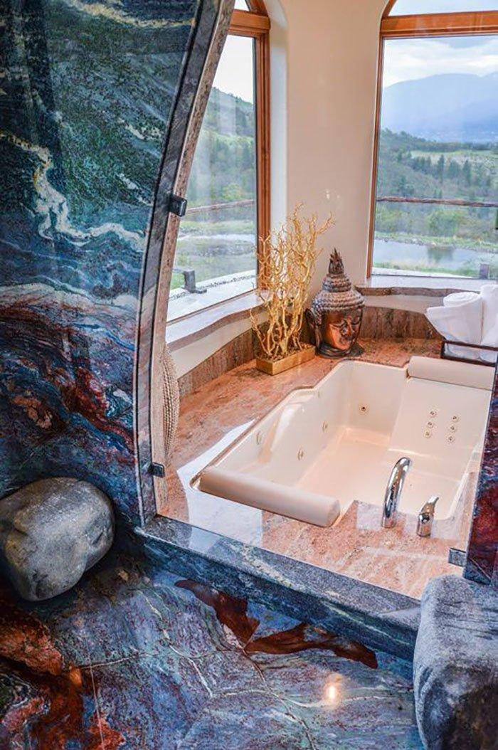 """Ванная комната украшена голубым гранитом """"Ван Гог"""" oregon, властелин колец, дизайн, дом, мир, толкин, фото"""