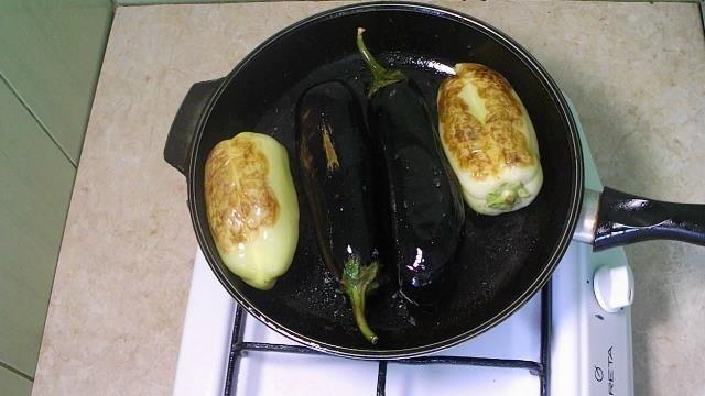 """Пальчики оближешь! Такой вкусный острый салат с баклажанами """"по-корейски"""" баклажаны, видео, еда, кулинария, простой рецепт, рецепт"""