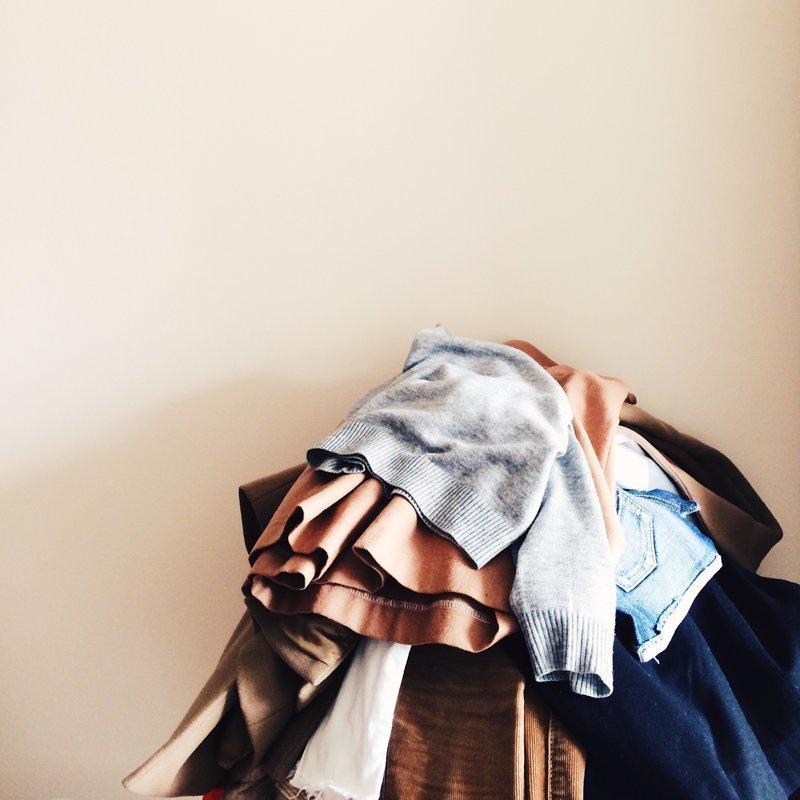 9. Собирать и откладывать вещи, которые не носишь - вдруг пригодятся СССР, привычки, родом из детства