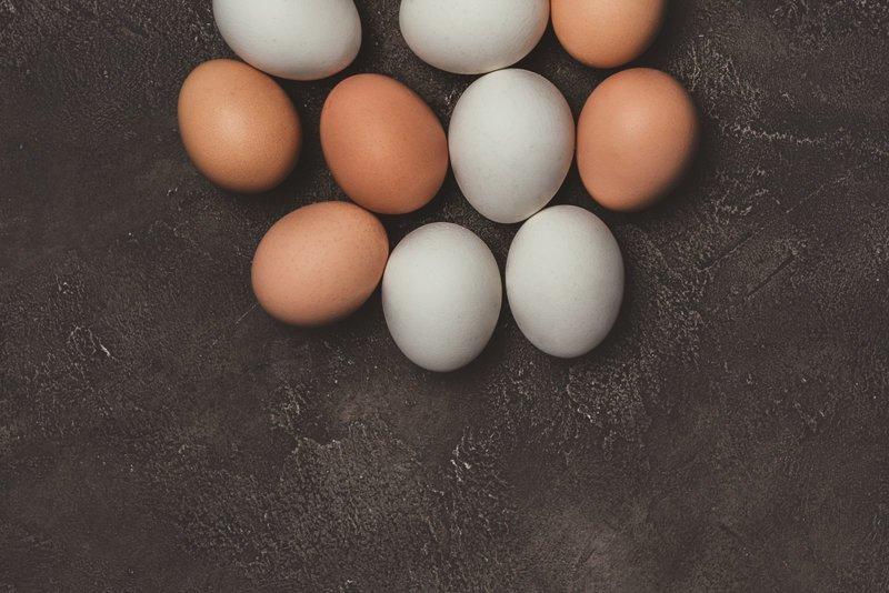 Миф 1. Яйца с темной скорлупой прочнее светлых вкусно, еда, куриное яйцо, мифы