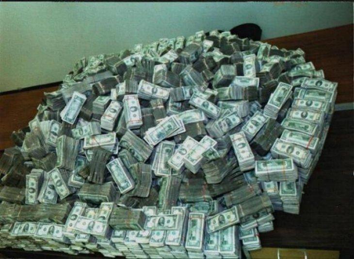 В столице арестован Егор Панов руководитель службы кадров ГУ МВД России по г. Москва деньги, коррупция в правоохранительных органах, мвд