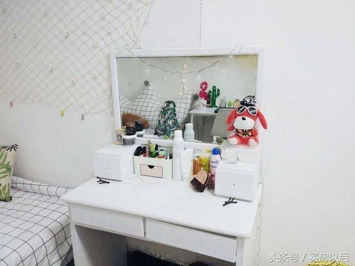 Преобразила туалетный столик, также покрасив его в белый цвет история, комната, ремонт