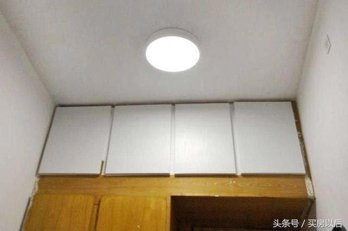 В белый она также покрасила и шкаф история, комната, ремонт