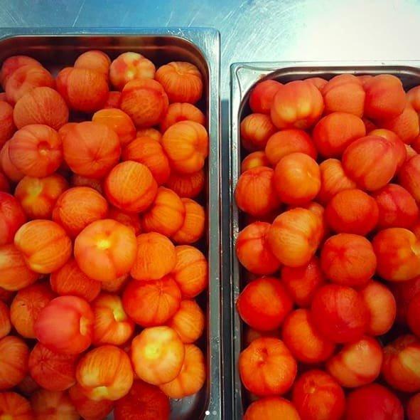 8. А вот и томаты в очищенном виде еда, неожиданно, овощи, подборка, редкие фото, фото, фрукты, эксперименты